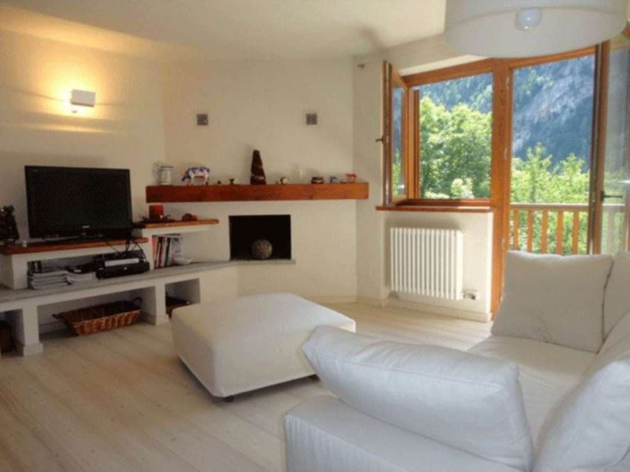 Appartamento in vendita a Courmayeur, 3 locali, prezzo € 500.000 | Cambio Casa.it