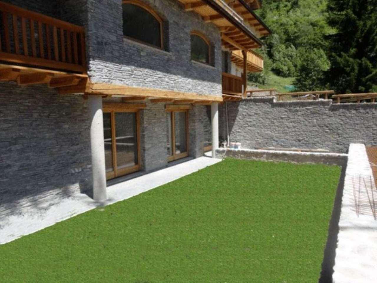 Appartamento in vendita a Courmayeur, 4 locali, Trattative riservate | CambioCasa.it
