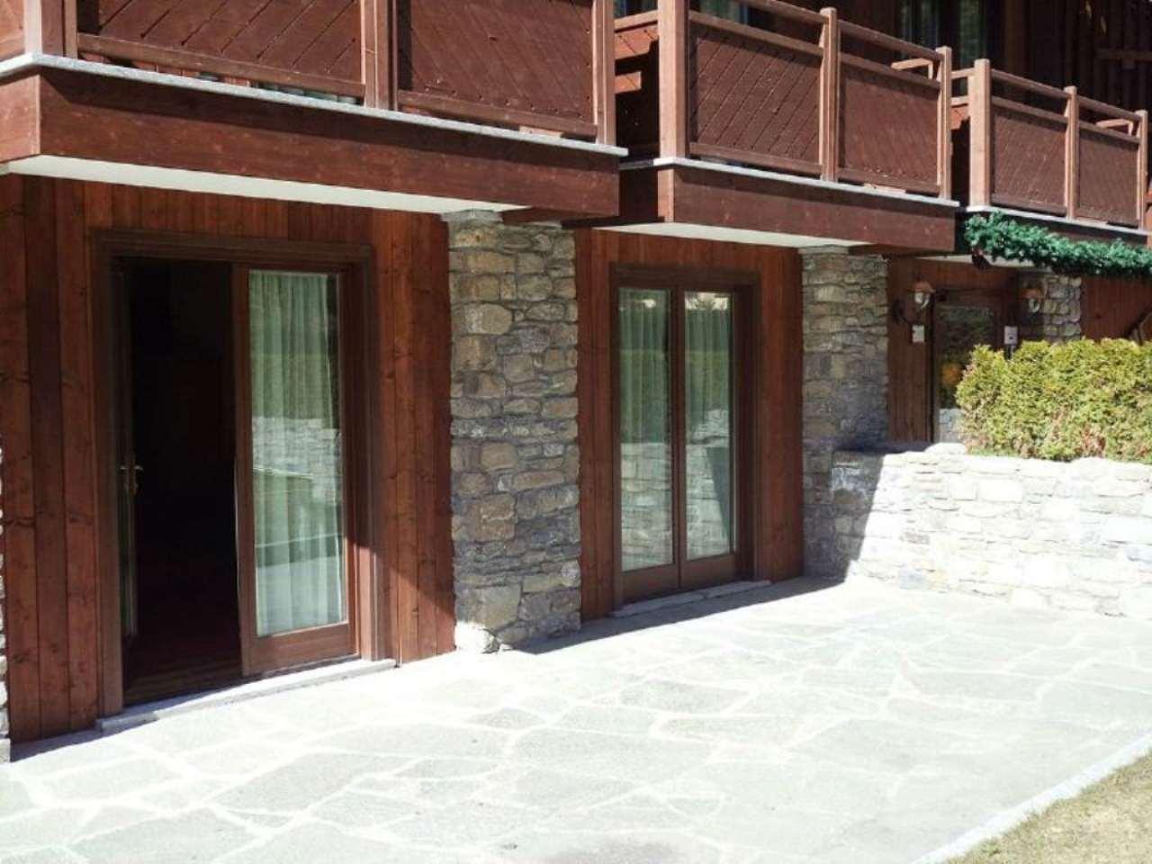 Appartamento in vendita a Courmayeur, 3 locali, prezzo € 490.000 | Cambio Casa.it