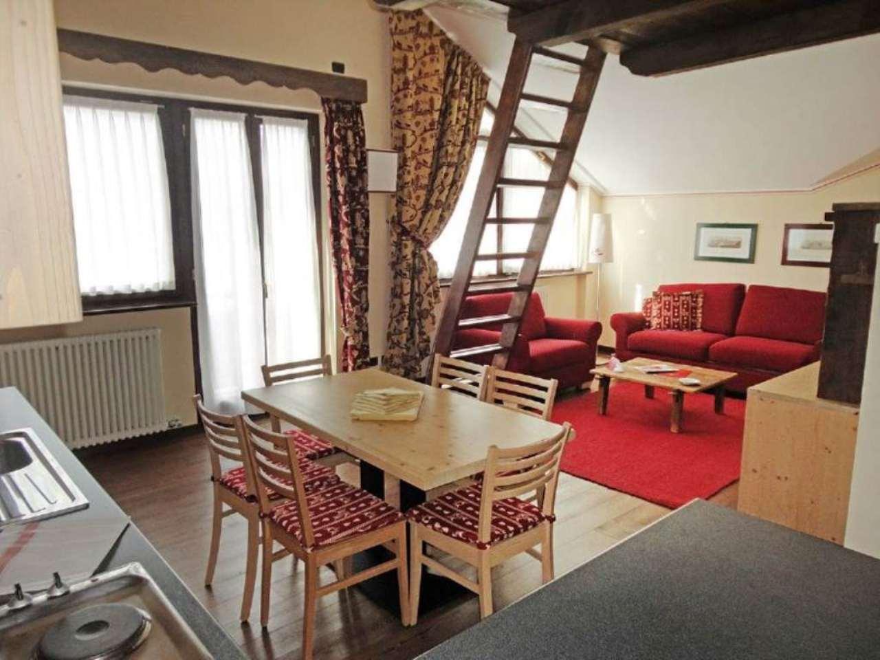 Attico / Mansarda in vendita a Courmayeur, 3 locali, prezzo € 500.000 | Cambio Casa.it