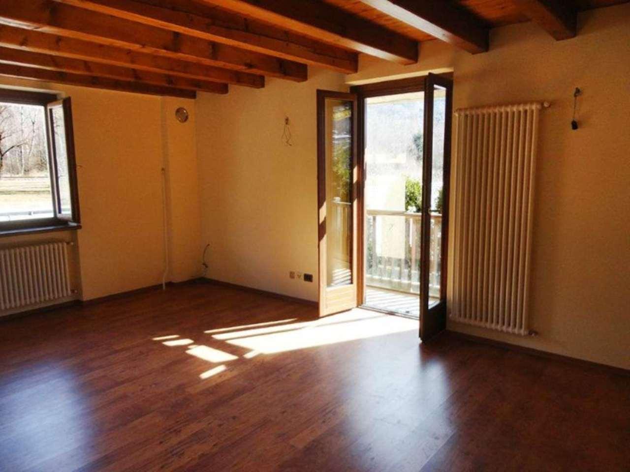 Appartamento in vendita a Morgex, 2 locali, prezzo € 110.000 | Cambio Casa.it