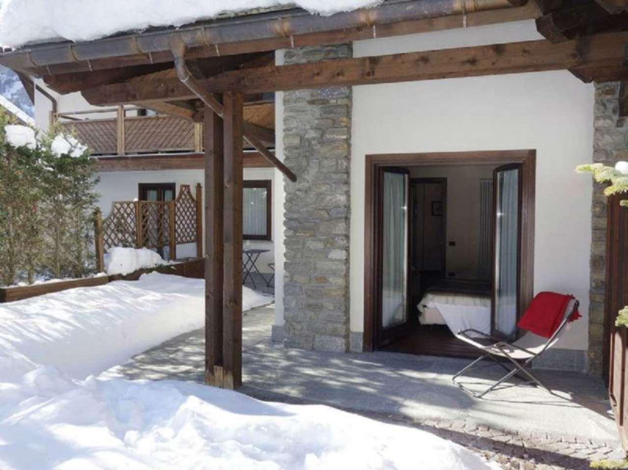 Appartamento in vendita a Courmayeur, 2 locali, prezzo € 270.000 | Cambio Casa.it