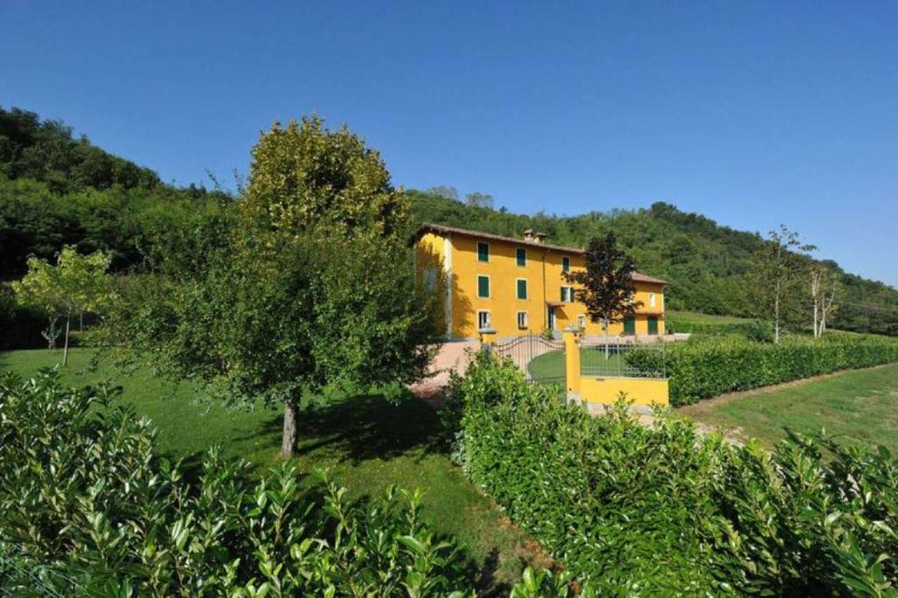 Rustico / Casale in vendita a Gavi, 11 locali, Trattative riservate | CambioCasa.it