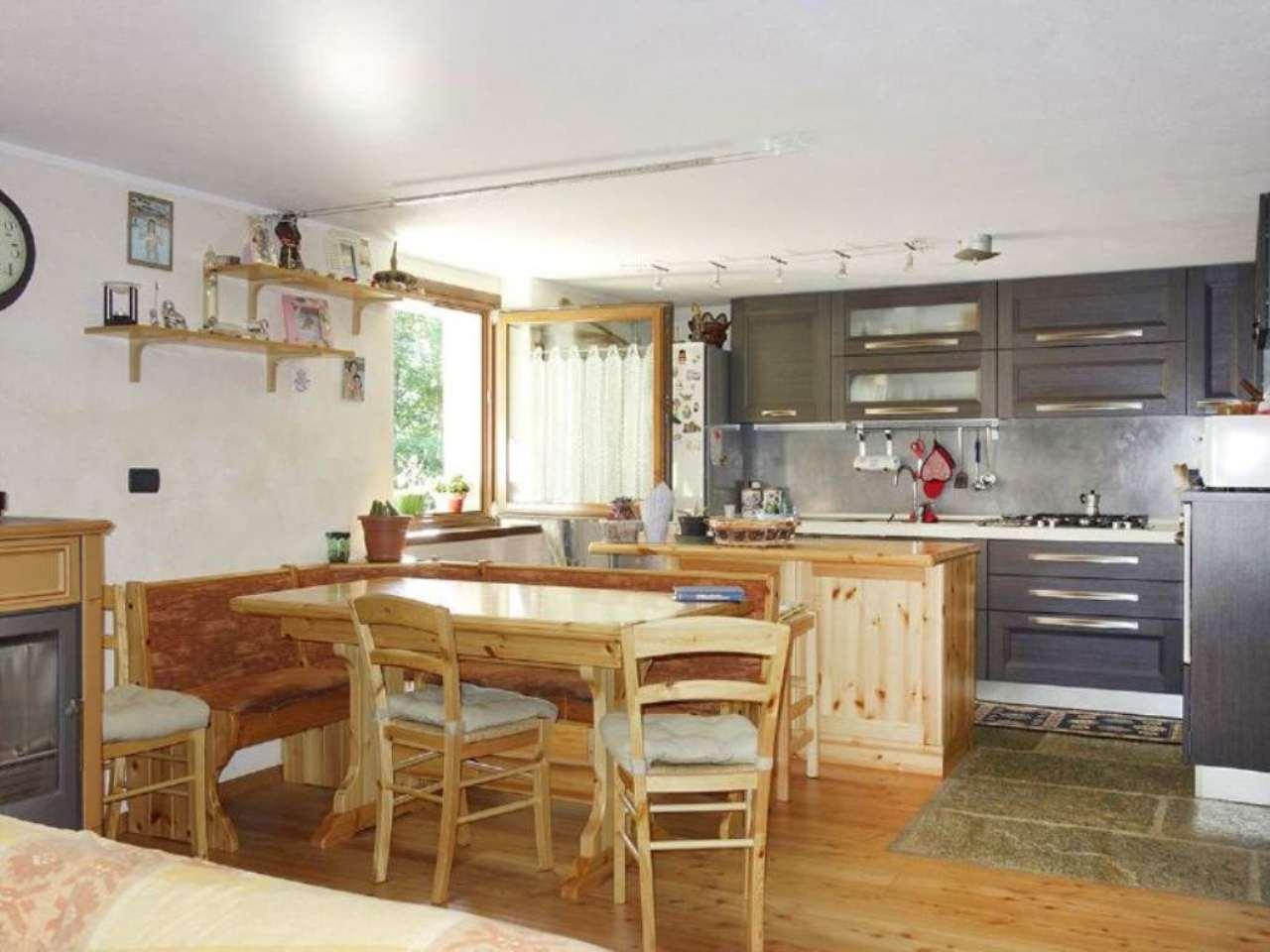 Appartamento in vendita a Morgex, 3 locali, prezzo € 260.000 | Cambio Casa.it
