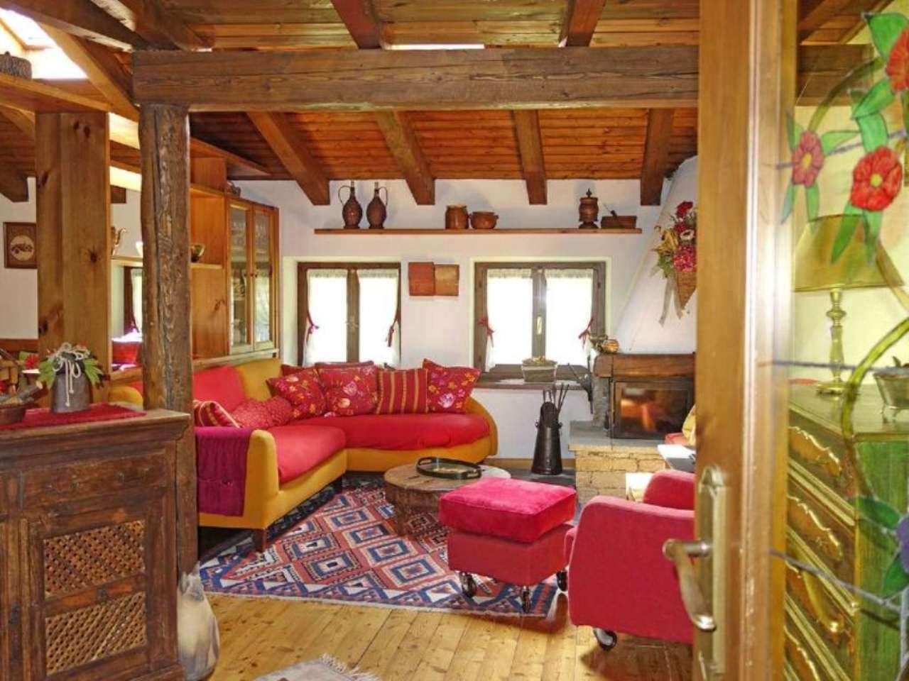 Appartamento in affitto a La Salle, 3 locali, prezzo € 800 | Cambio Casa.it