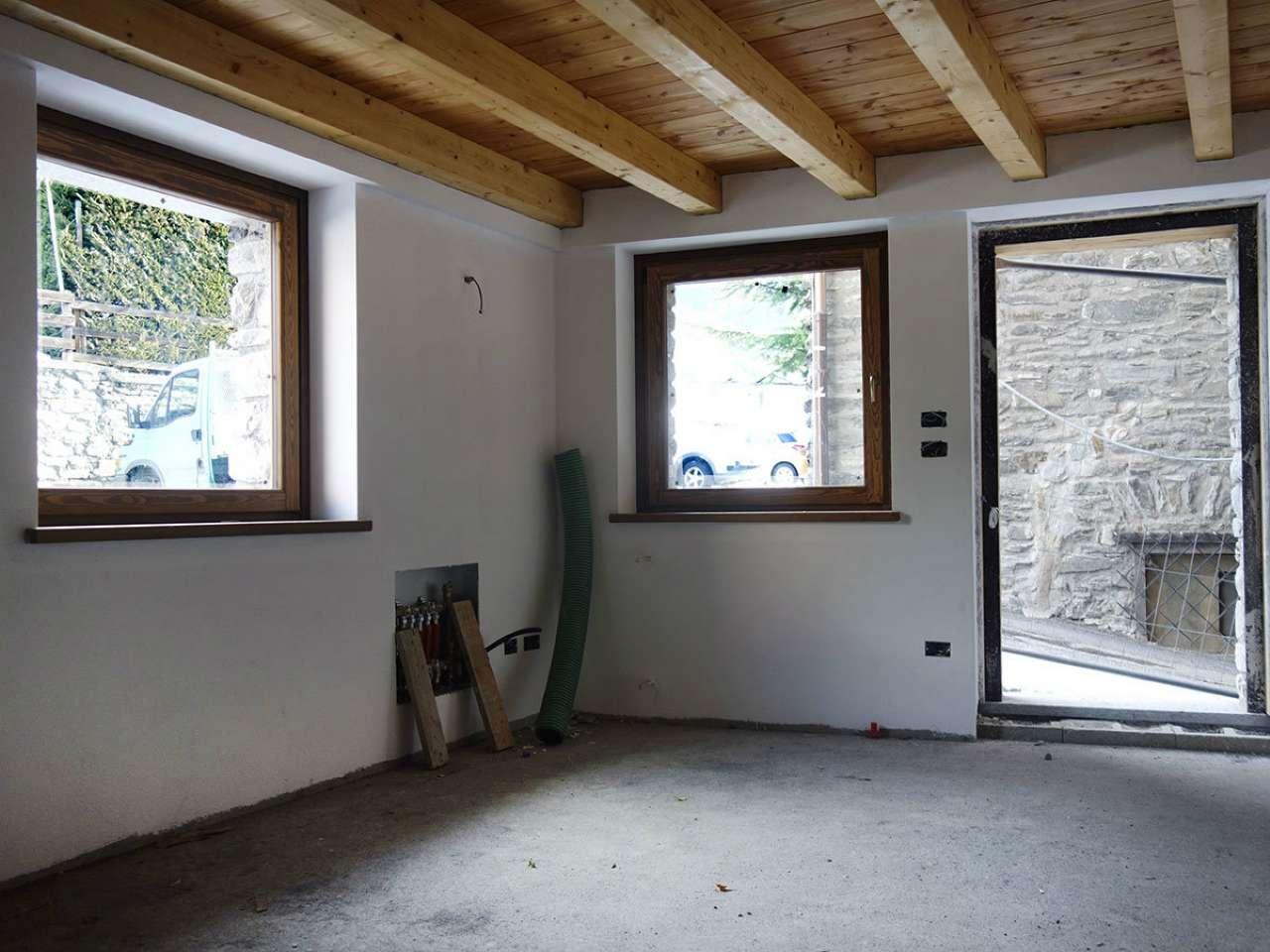 Appartamento in vendita a La Salle, 3 locali, prezzo € 199.000 | Cambio Casa.it