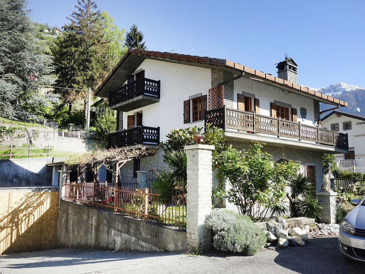 Villa in vendita a Aosta, 8 locali, prezzo € 650.000 | CambioCasa.it