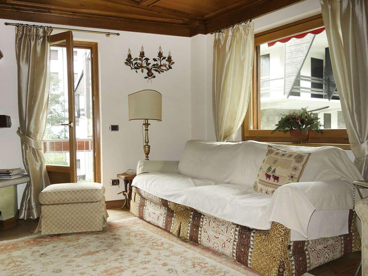 Appartamento in affitto a Courmayeur, 4 locali, Trattative riservate | CambioCasa.it