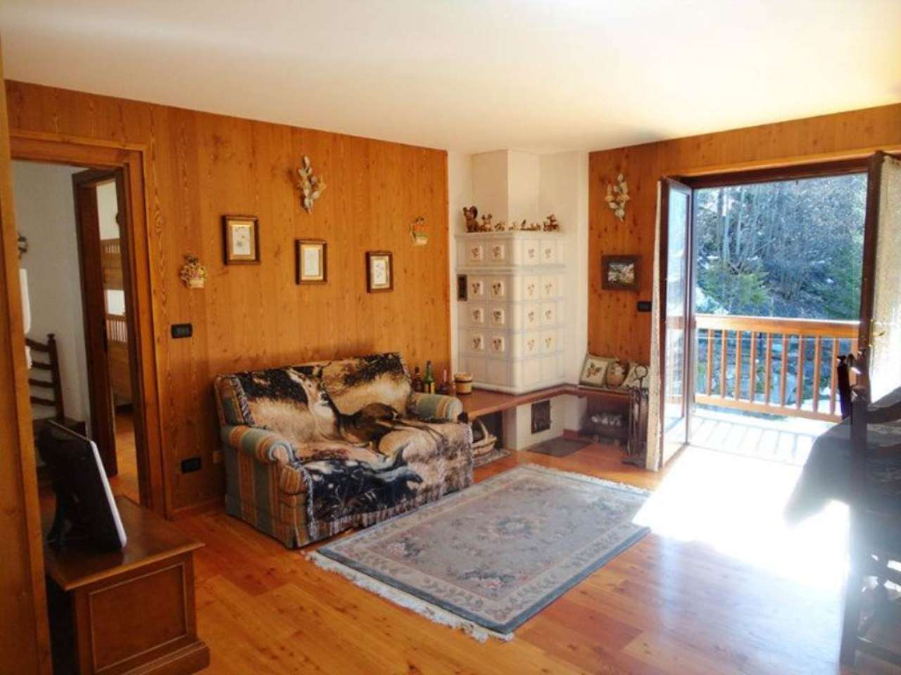 Appartamento in vendita a Courmayeur, 3 locali, prezzo € 420.000   Cambio Casa.it