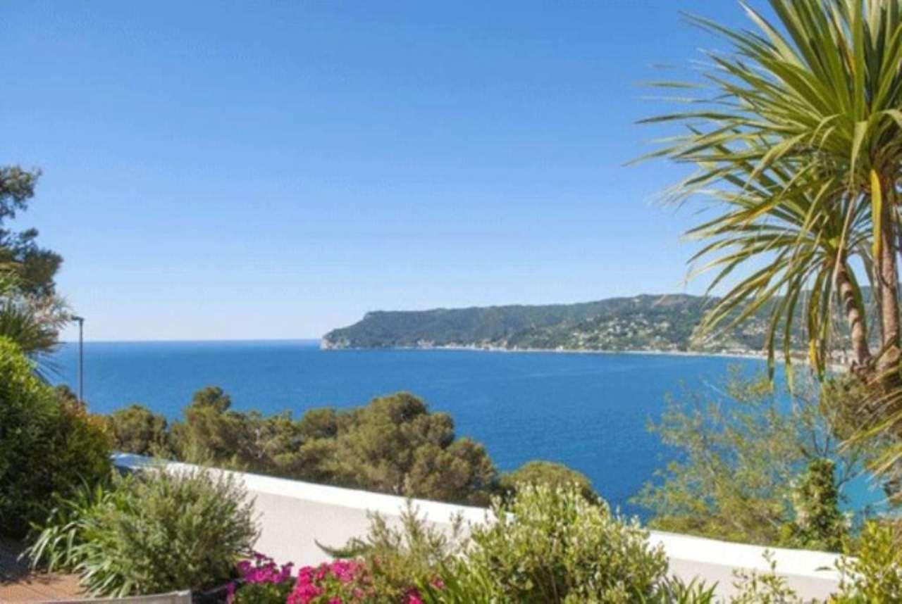 Villa in vendita a Bergeggi, 6 locali, Trattative riservate | Cambio Casa.it