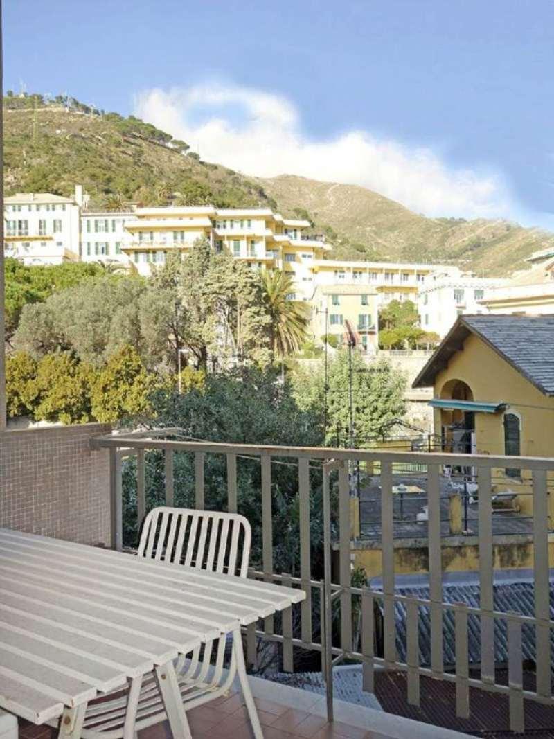 Bilocale Genova Via Oberdan 4