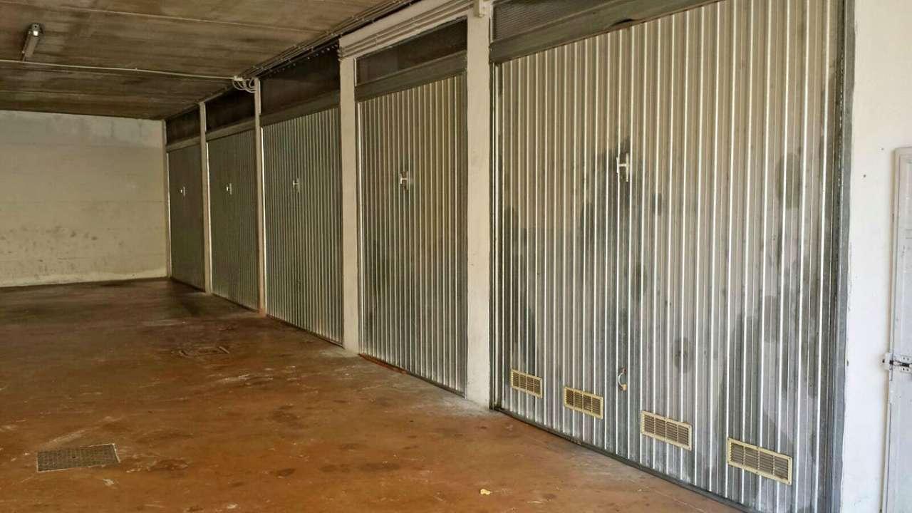 Box / Garage in Vendita a Toirano