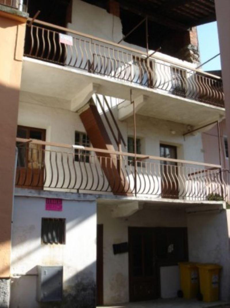 Soluzione Indipendente in vendita a Forno Canavese, 6 locali, prezzo € 20.000 | Cambio Casa.it