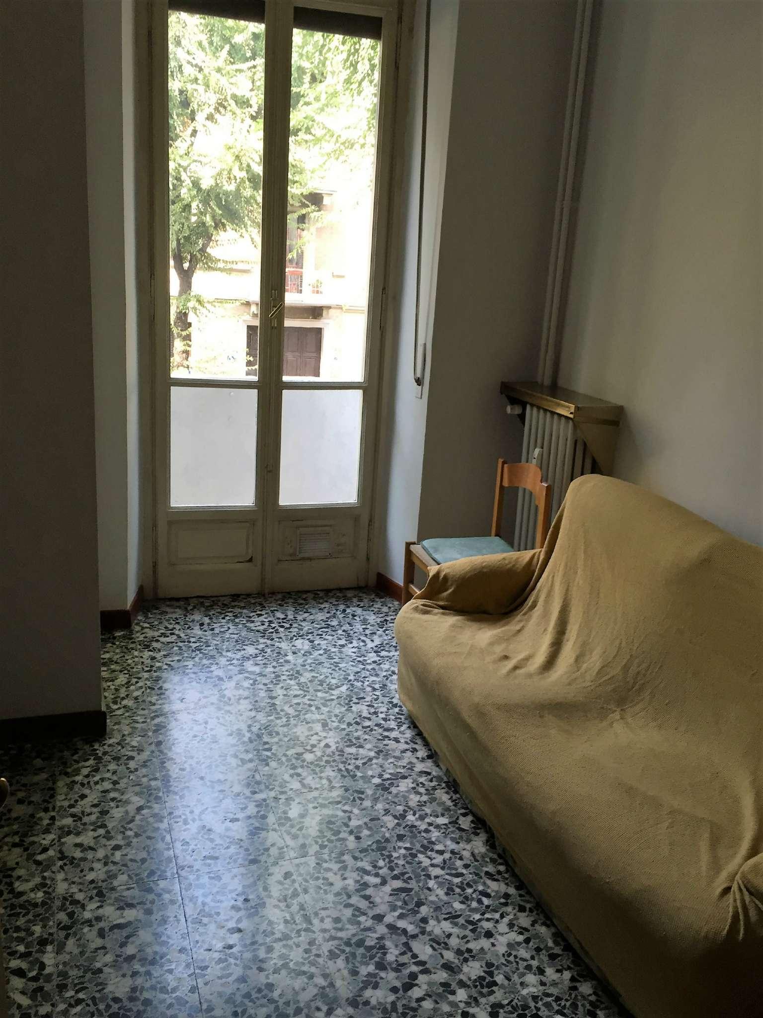 Bilocale Torino Via Breglio 9