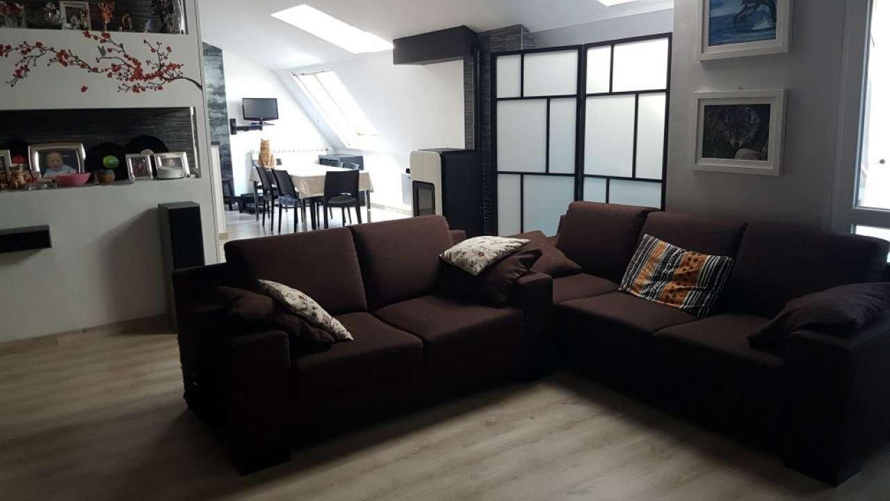 Attico / Mansarda in vendita a Venaria Reale, 4 locali, prezzo € 205.000 | Cambio Casa.it