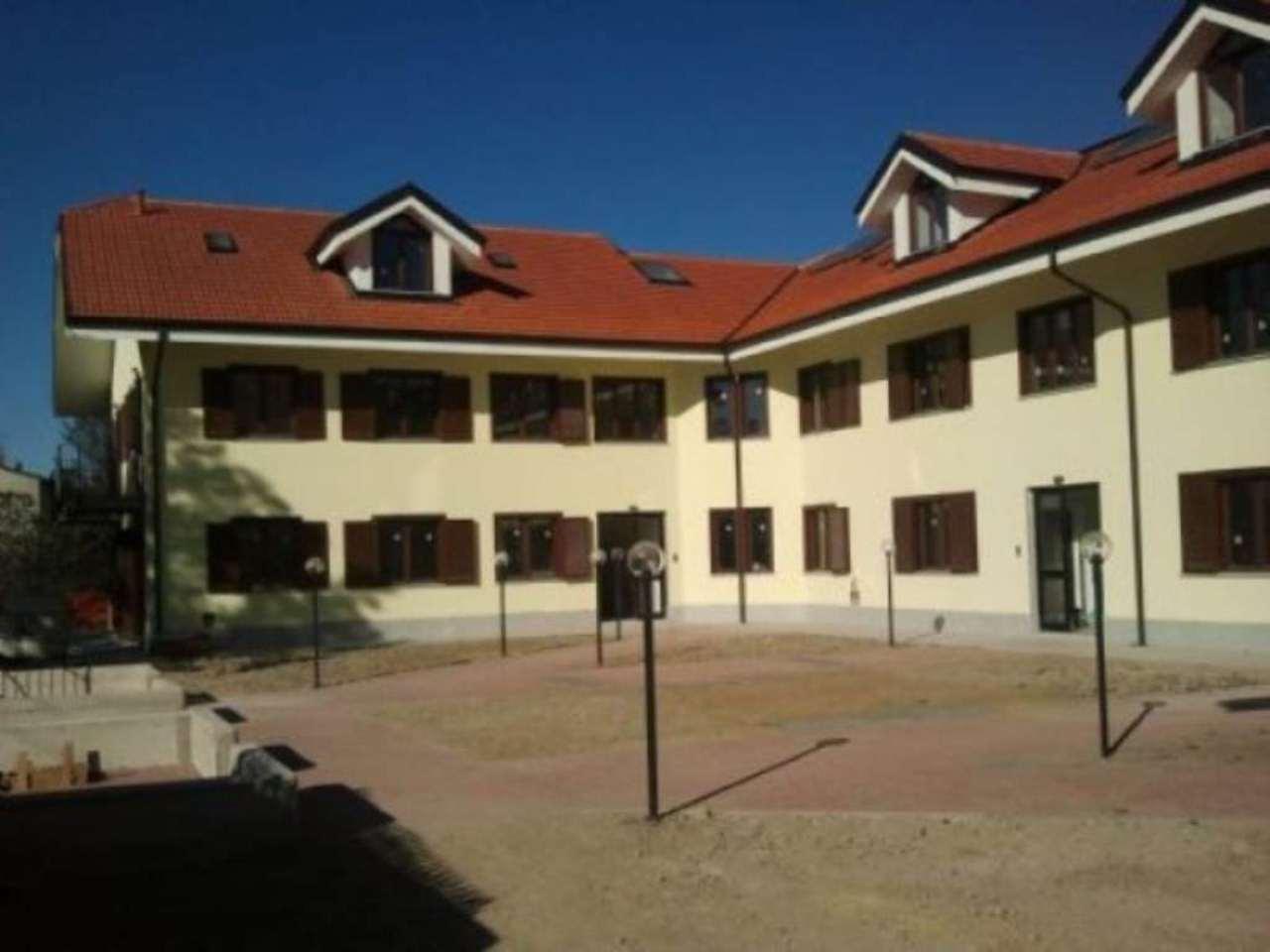 Appartamento in vendita a Chivasso, 6 locali, prezzo € 210.000 | CambioCasa.it