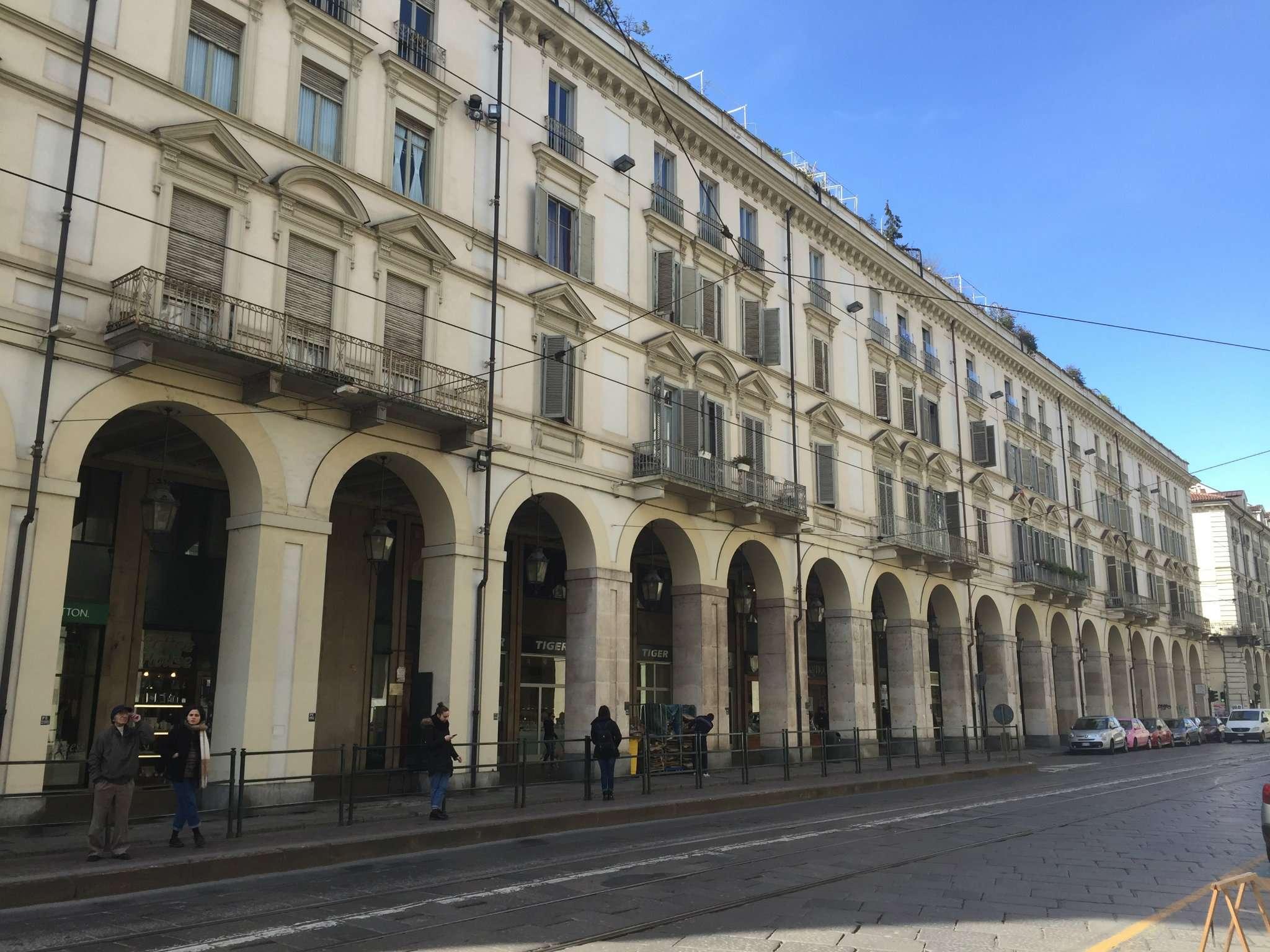 Laboratorio in affitto a Torino, 3 locali, zona Zona: 1 . Centro, Quadrilatero Romano, Repubblica, Giardini Reali, prezzo € 750 | CambioCasa.it
