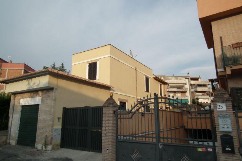 Appartamento in Vendita a Roma 34 Aurelio / Boccea: 5 locali, 140 mq