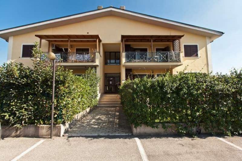 Villa in Vendita a Roma 17 Ciampino / Morena / Anagnina: 4 locali, 135 mq