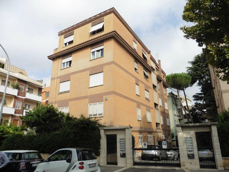 Appartamento in Vendita a Roma 19 Ardeatino / Grotta Perfetta / Fonte Meravigliosa: 5 locali, 120 mq