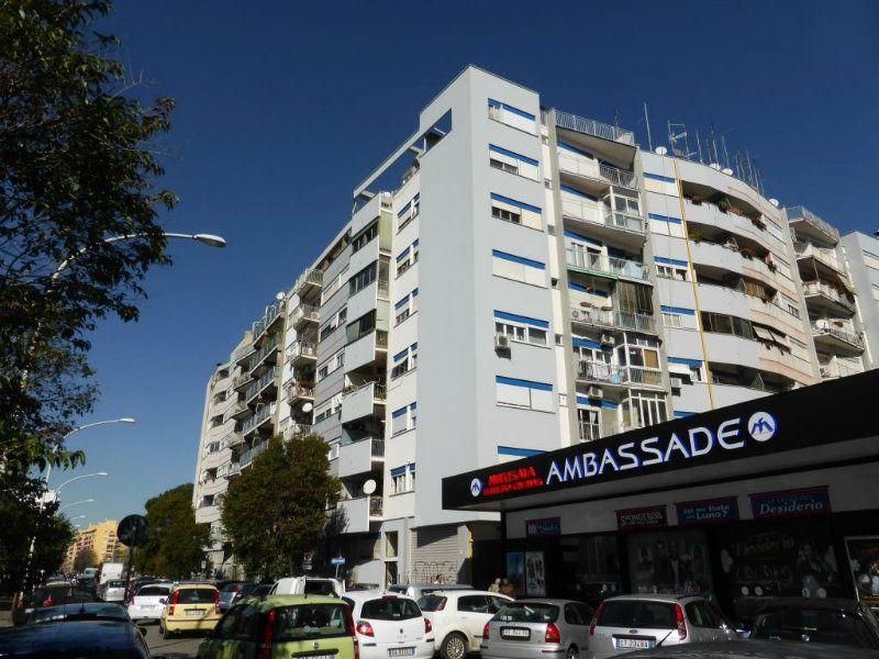 Appartamento in Vendita a Roma 23 Eur / Torrino: 3 locali, 65 mq