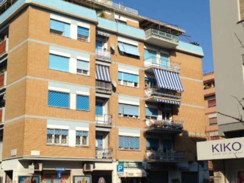 Appartamento in Vendita a Roma 27 Ostia / Ostia Antica: 4 locali, 110 mq