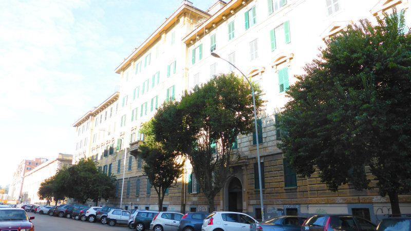 Appartamento in Vendita a Roma 12 San Giovanni / Re di Roma: 5 locali, 240 mq