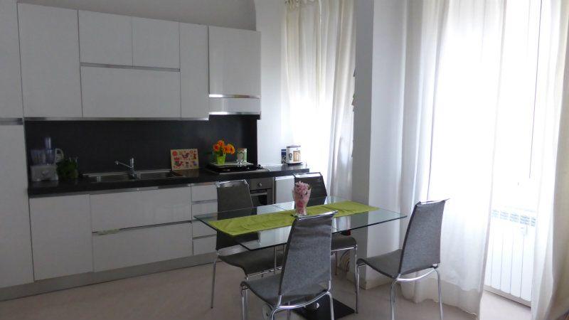 Appartamento in Vendita a Roma 12 San Giovanni / Re di Roma: 2 locali, 58 mq