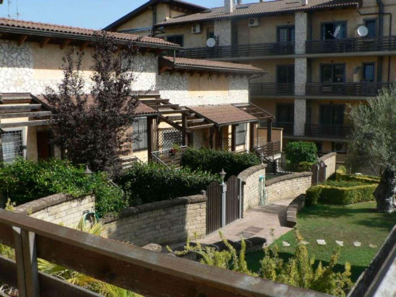 Villa in Vendita a Roma 17 Ciampino / Morena / Anagnina: 3 locali, 75 mq