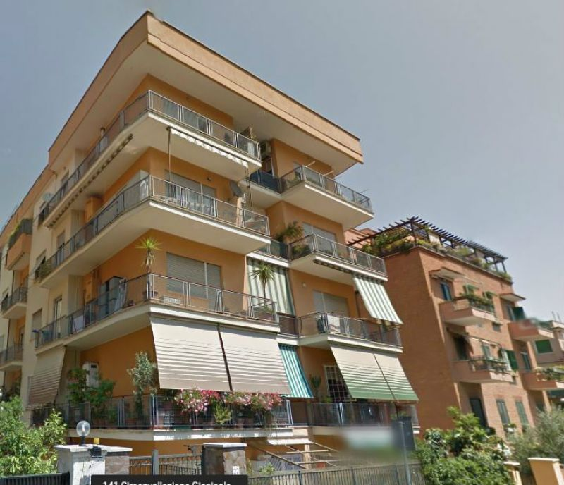 Appartamento in affitto a roma via antonio pignatelli for Appartamento affitto arredato roma