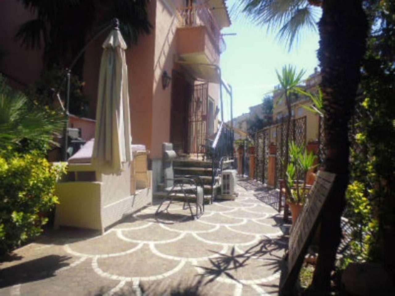 Appartamento in Vendita a Roma 18 Aventino / San Saba: 5 locali, 200 mq