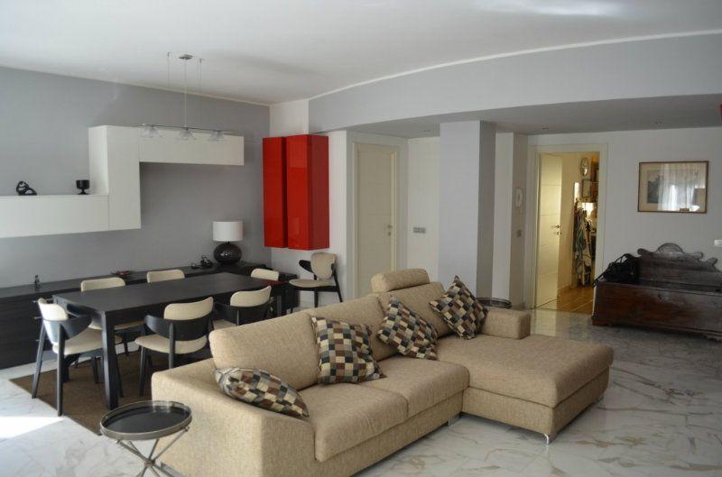 Appartamento in Vendita a Roma 20 Colombo / Garbatella: 4 locali, 120 mq