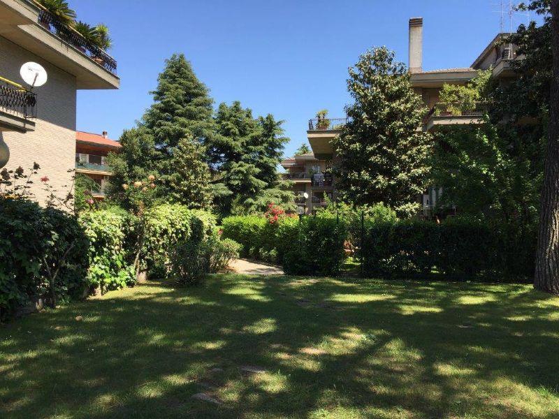 Appartamento in Vendita a Roma 15 Tuscolano / Appio Claudio: 5 locali, 160 mq