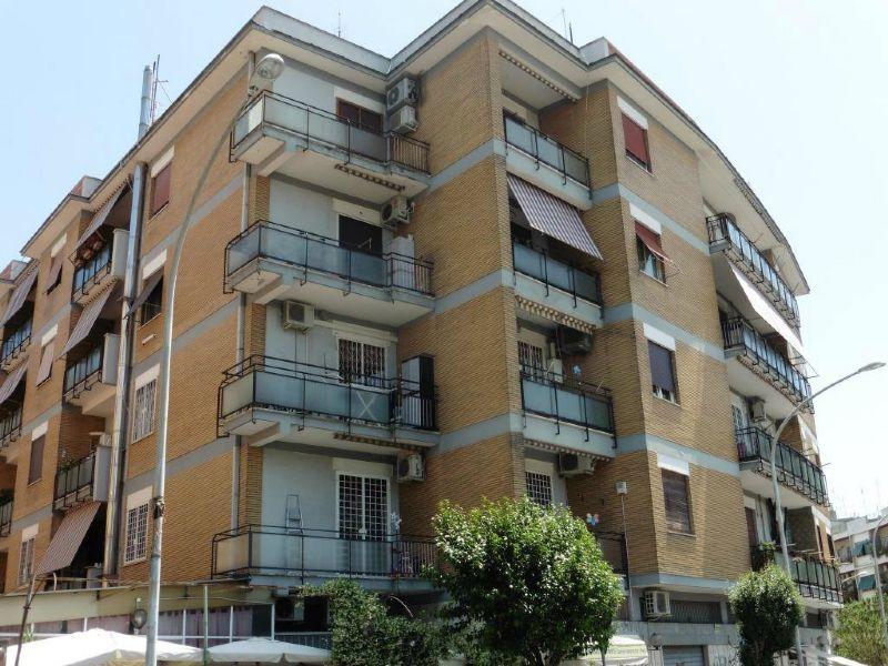Appartamento in Vendita a Roma 19 Ardeatino / Grotta Perfetta / Fonte Meravigliosa: 3 locali, 92 mq