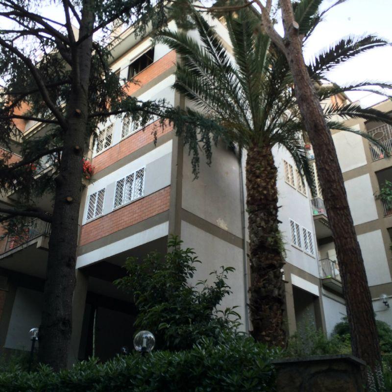 Appartamento in Vendita a Roma 30 Portuense / Magliana: 5 locali, 120 mq