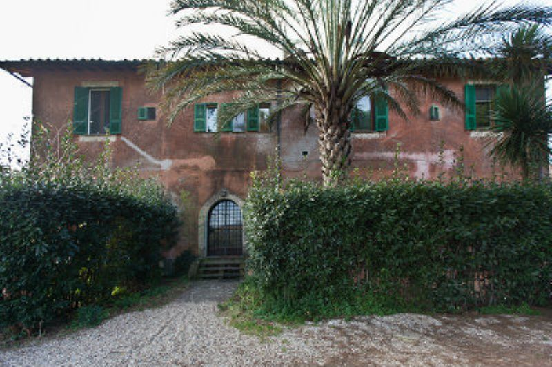 Appartamento in Vendita a Roma 22 Laurentina: 3 locali, 90 mq