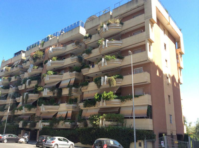 Appartamento in Vendita a Roma 23 Eur / Torrino: 5 locali, 140 mq