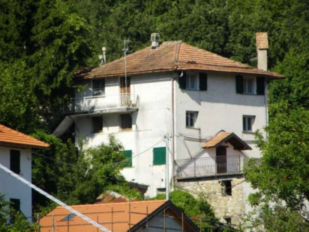 Soluzione Indipendente in vendita a Valbrevenna, 12 locali, prezzo € 190.000 | Cambio Casa.it
