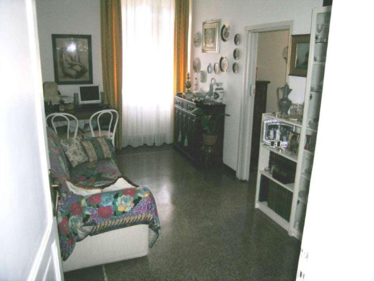 Bilocale Genova Via Gorizia 3
