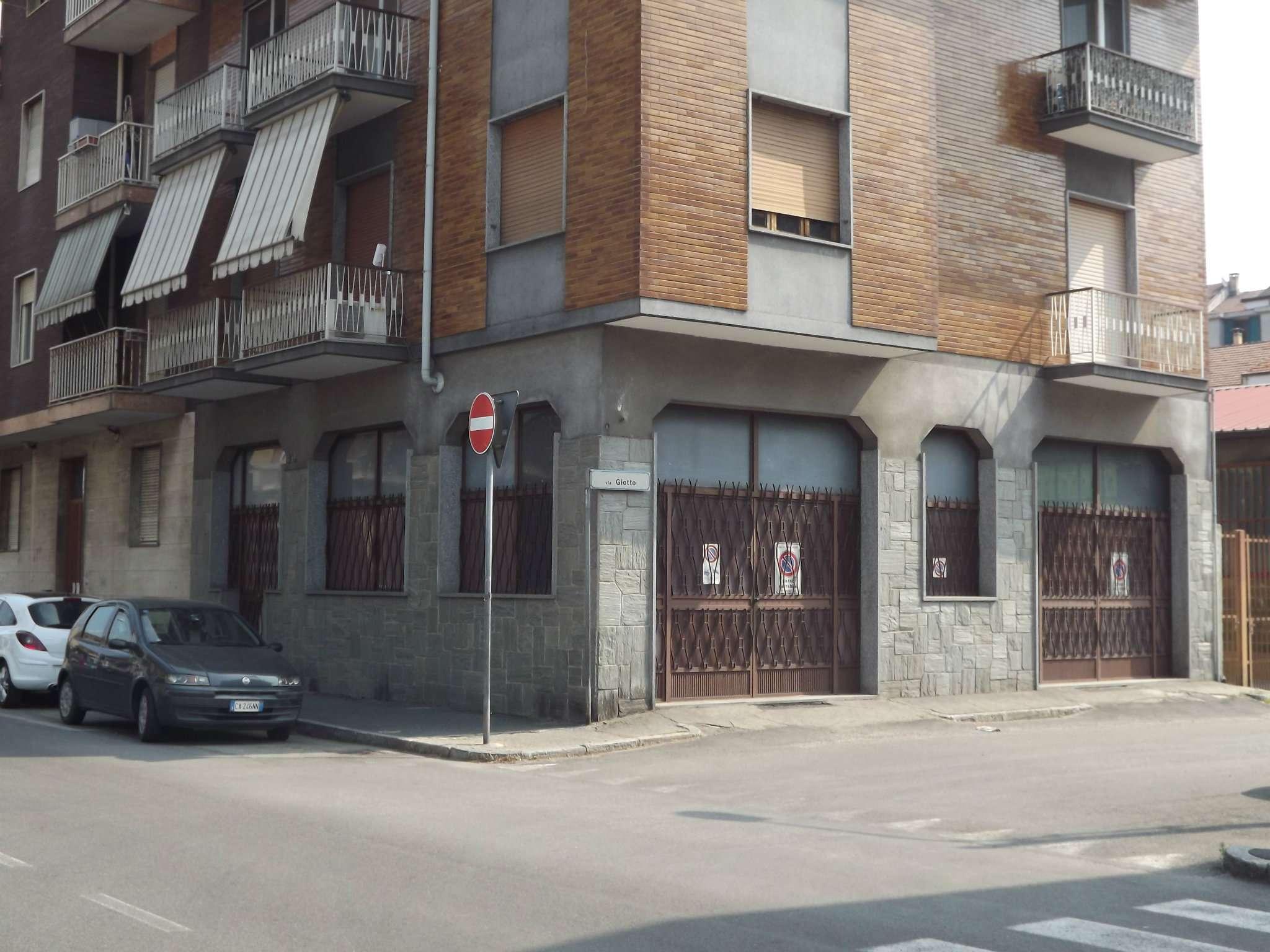 Magazzino in vendita a Moncalieri, 9999 locali, prezzo € 43.000 | CambioCasa.it
