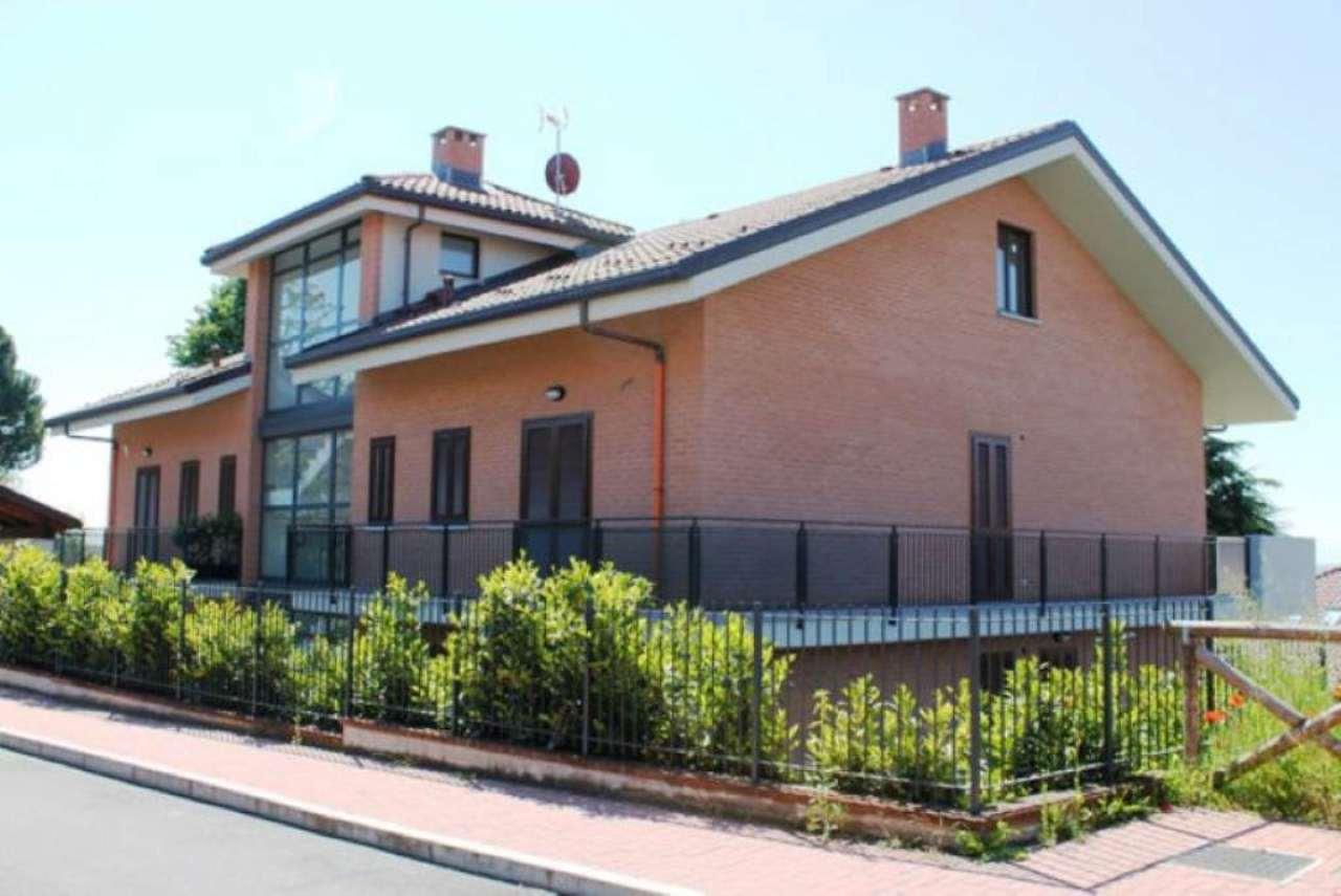 Bilocale Trofarello Via Nino Costa 2