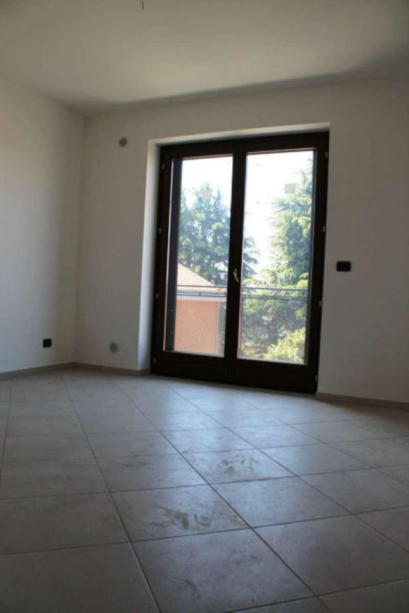 Bilocale Trofarello Via Nino Costa 8
