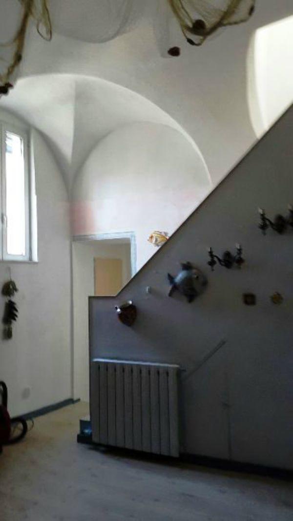 Bilocale Borghetto Santo Spirito  3