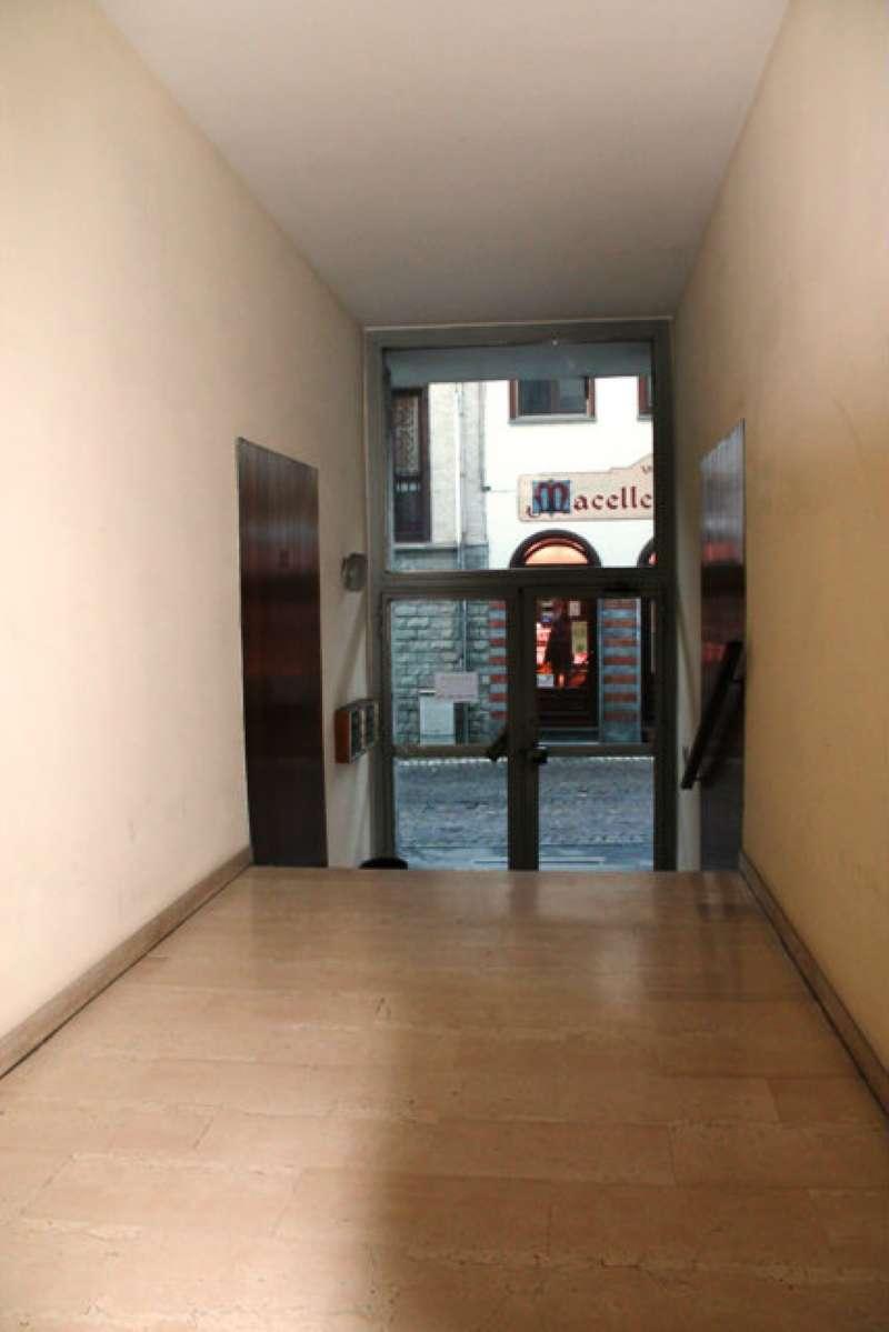Bilocale Santena Via Pezzana 11