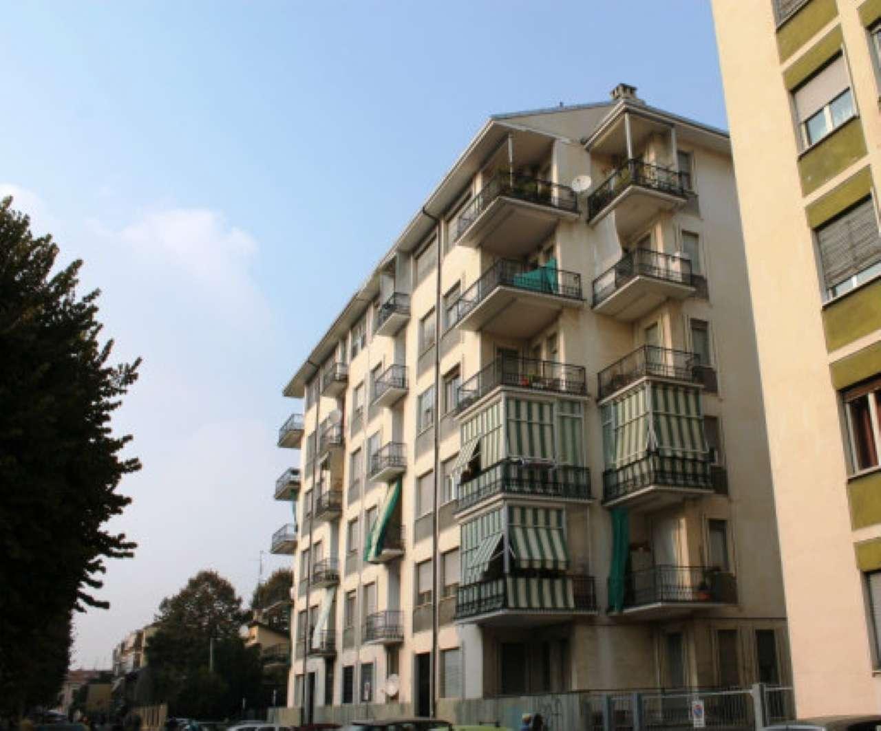 Appartamento in vendita a Nichelino, 2 locali, prezzo € 83.000   CambioCasa.it