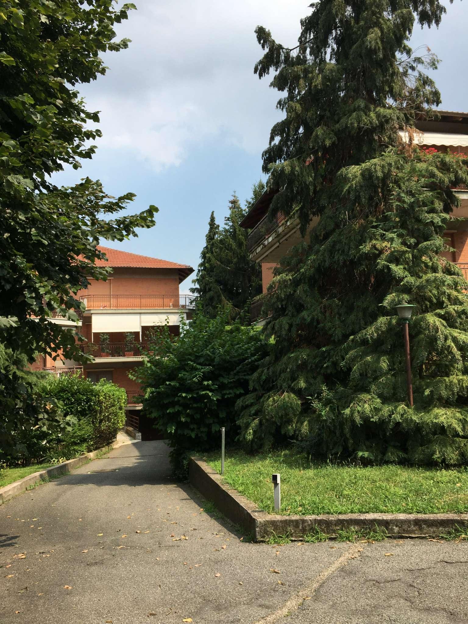 Foto 1 di Trilocale via CAMBIANO 20, Pecetto Torinese