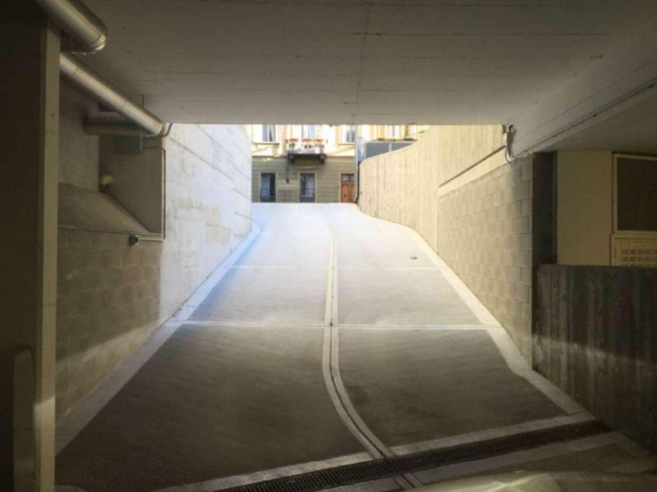 Box / Garage in vendita a Torino, 9999 locali, zona Zona: 4 . Nizza Millefonti, Italia 61, Valentino, prezzo € 50.000 | Cambio Casa.it