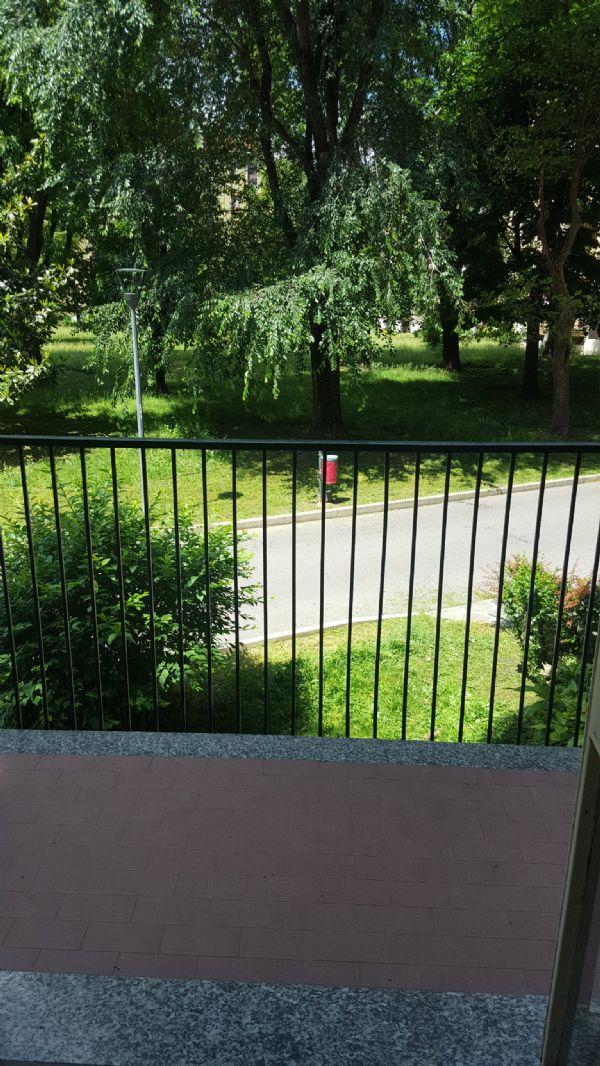 Bilocale Milano Via Val Di Bondo 10