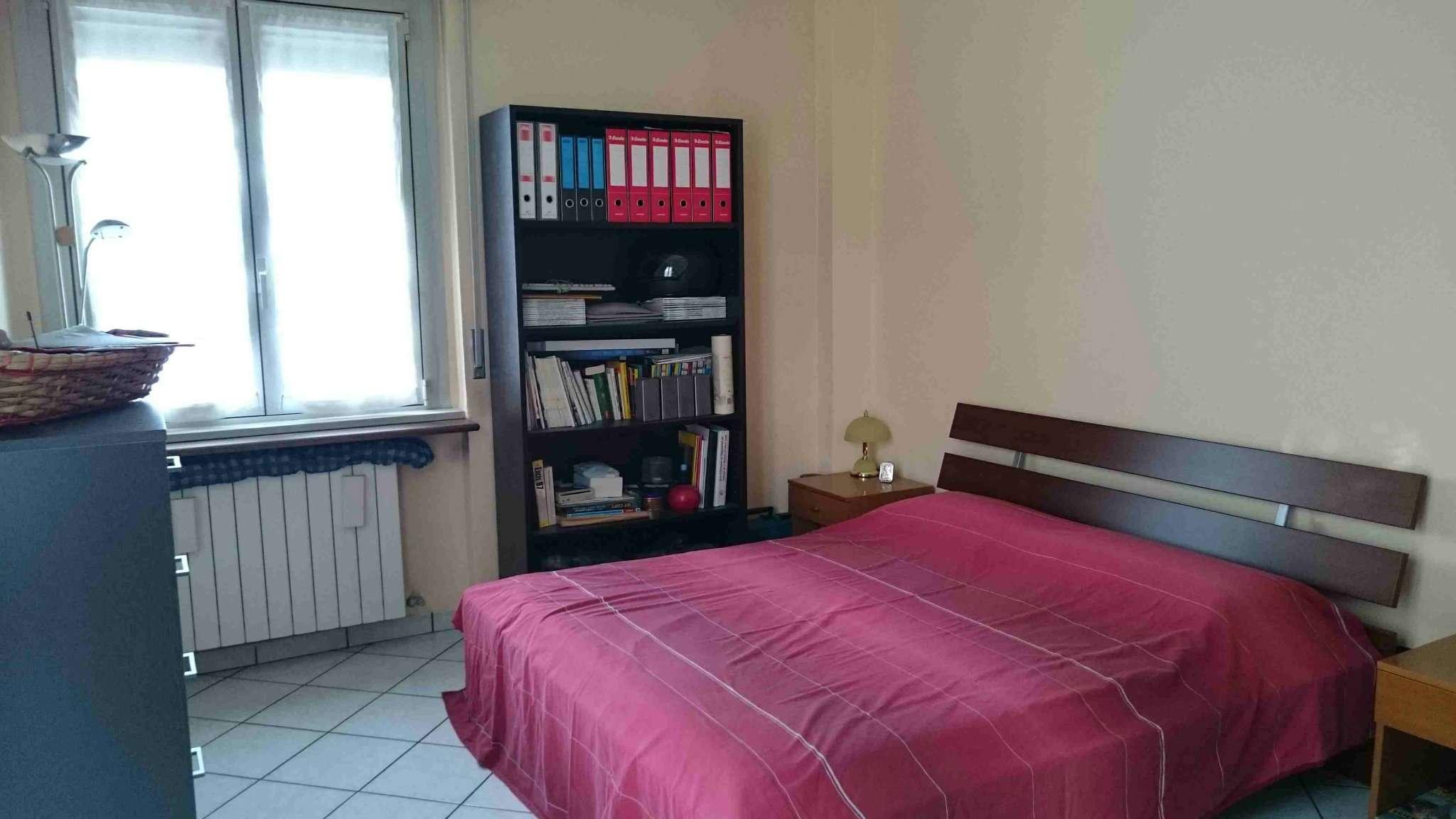 Bilocale Milano Via Spadini 10