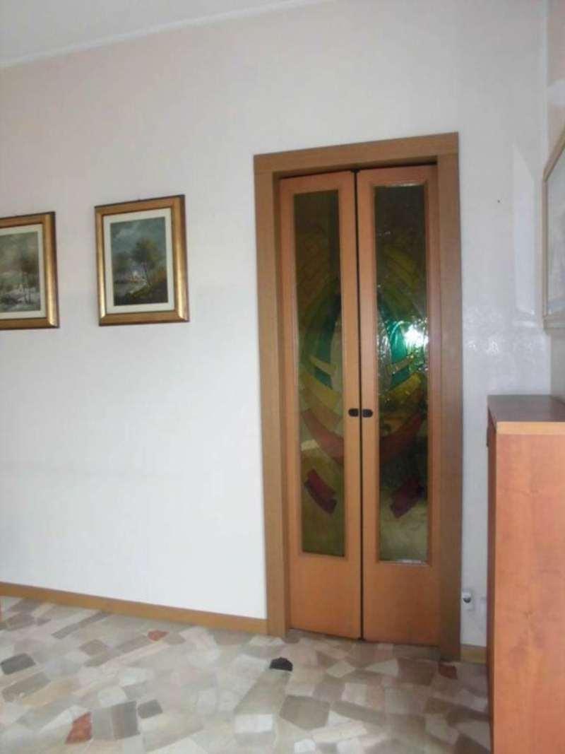 Bilocale Cinisello Balsamo Via  Manzoni 9